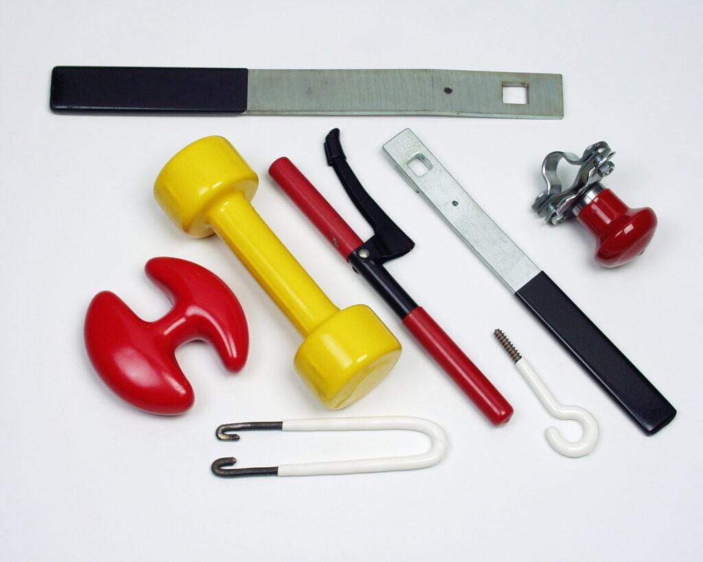 Povrchová úprava kovových dílů plastem